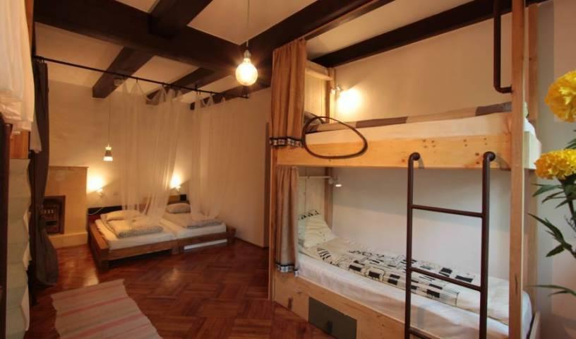 Youthink Hostel 15 photos