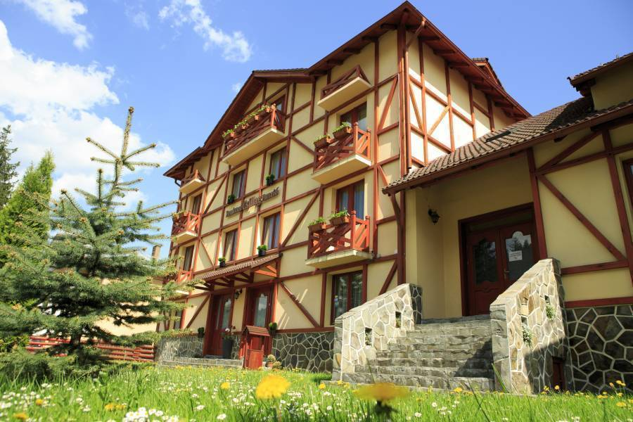 Csillag Gasthaus and Restaurant, Miercurea Ciuc, Romania, best bed & breakfasts for vacations in Miercurea Ciuc