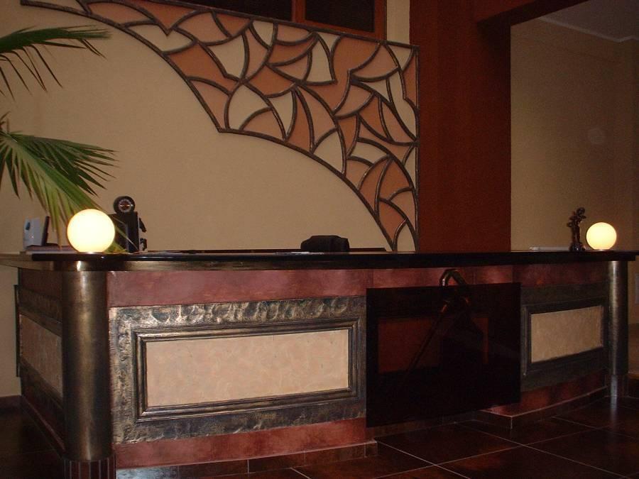 Hotel Cosmin, Arad, Romania, family history trips and theme travel in Arad