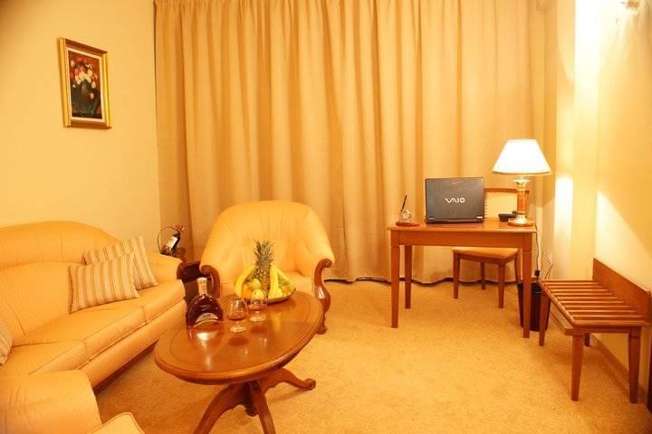 Maxim Hotel, Oradea, Romania, Romania bed and breakfasts and hotels