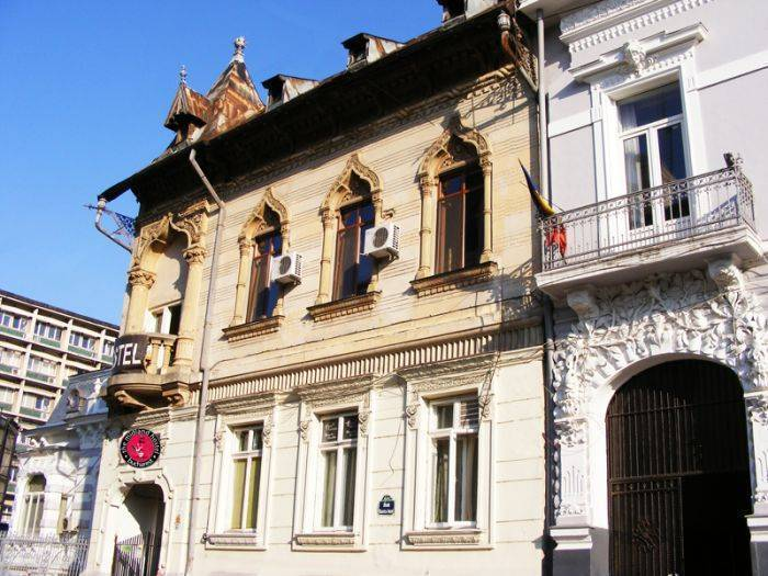 The Midland Youth Hostel, Bucharest, Romania, bed & breakfasts near pilgrimage churches, cathedrals, and monasteries in Bucharest
