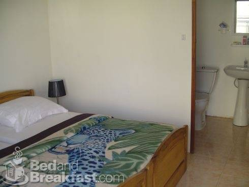 Kingz Plaza - Bed and Breakfast, Dakar, Senegal, Senegal hostels en hotels
