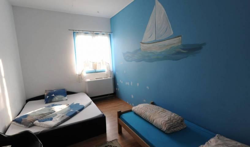 Hostel Jedro, youth hostel 14 photos