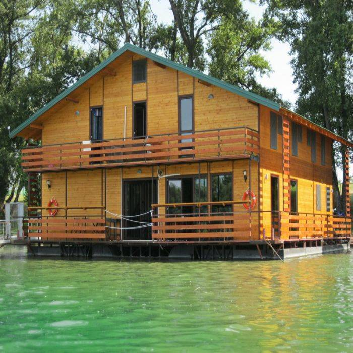 San Art Floating Hostel, Novi Beograd, Serbia, Serbia hostels and hotels