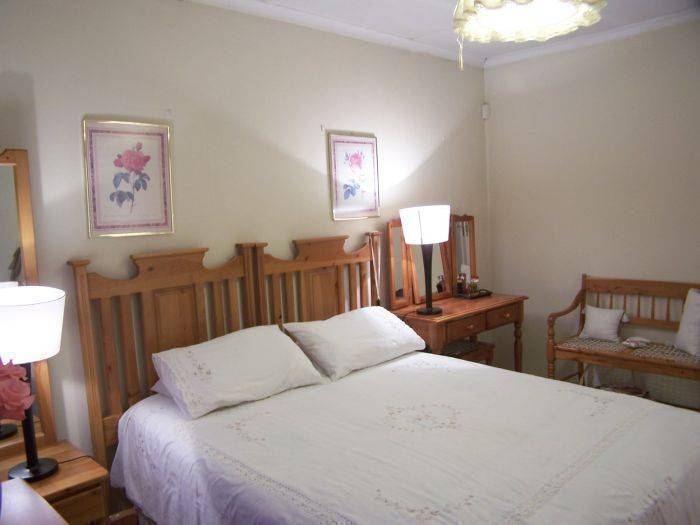 Africa Hide Away Guest Cottage, Boksburg, South Africa, experience world cultures when you book with HostelTraveler.com in Boksburg