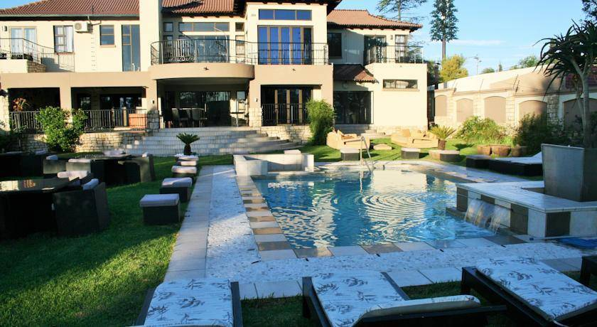 Africa Paradise - Airport Guest Lodge, Johannesburg, South Africa, South Africa hostels and hotels