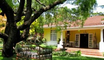 Brooklyn Kareebloem Guesthouse - Get cheap hostel rates and check availability in Pretoria, Eldoraigne, South Africa hostels and hotels 50 photos