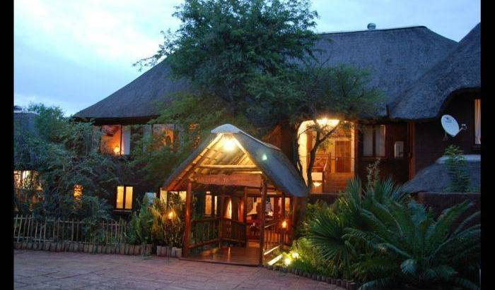 Grand Kruger Lodge - Search for free rooms and guaranteed low rates in Marloth Park, pet-friendly hostels, backpackers and B&Bs in Hazyview, South Africa 7 photos