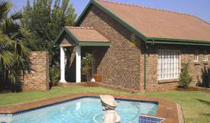 Pete's Retreat Guest House -  Pretoria 2 photos