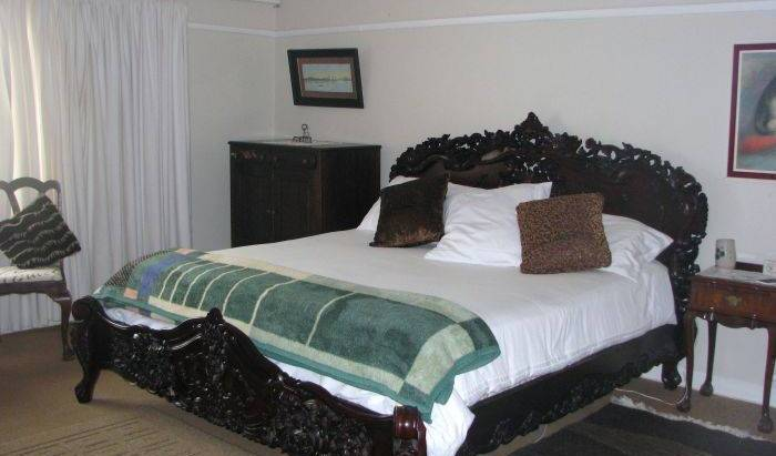 Taste Of Heaven -  Bredasdorp, bed and breakfast holiday 7 photos