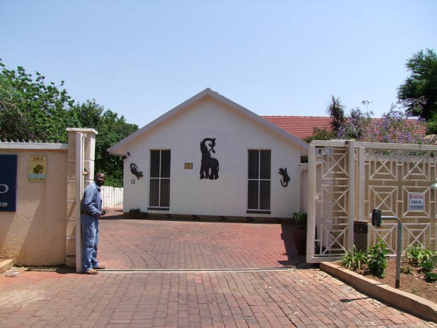 Kempton Park Country Lodge, Kempton Park, South Africa, South Africa hostels and hotels