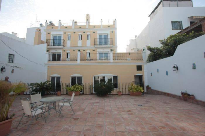 Apartamentos Nerjaluna, Nerja, Spain, Spain hostels and hotels