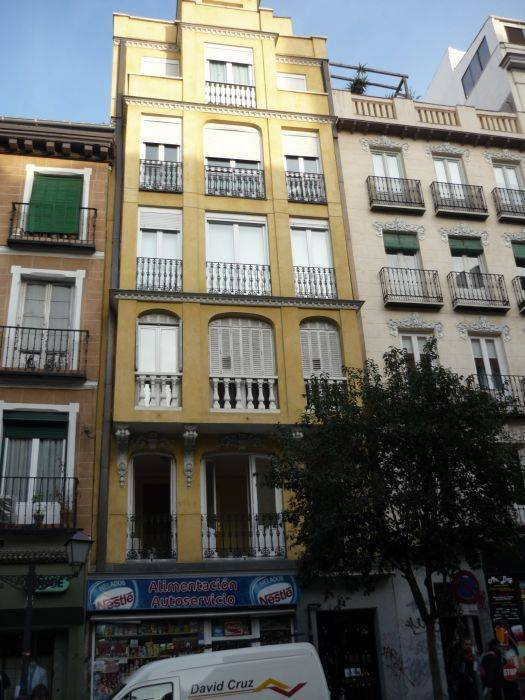 Babel Guesthouse, Madrid, Spain, Spain hostels and hotels
