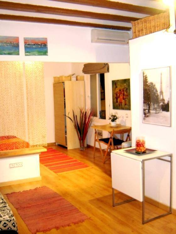 Barcelona Beach Studio Apartment, Barcelona, Spain, hostel bookings at last minute in Barcelona