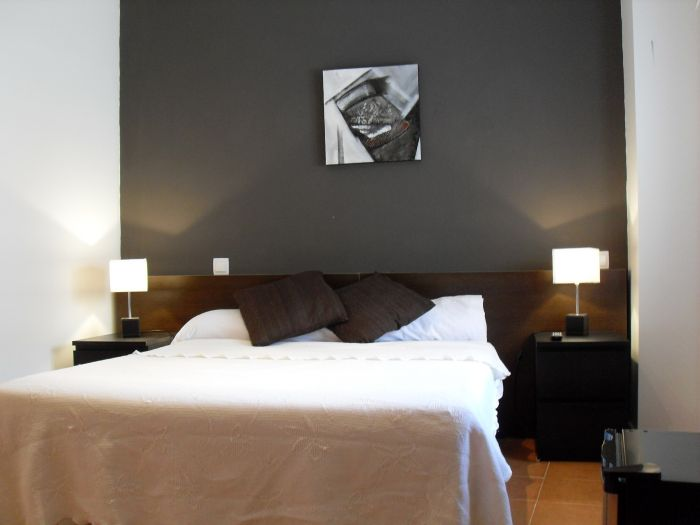C and H Madrid Norte, Madrid, Spain, hostels with rooftop bars and dining in Madrid