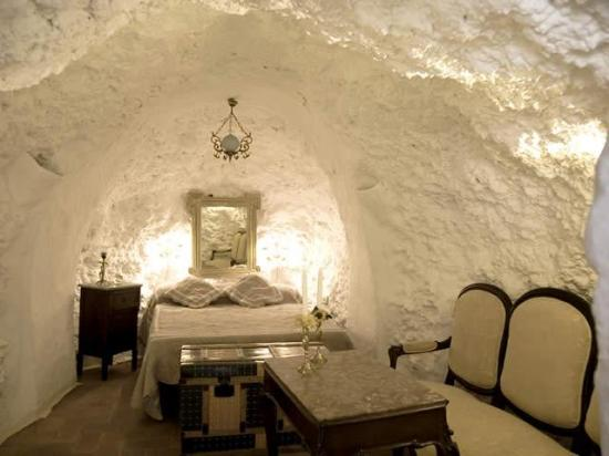 Cristina Hoyos House-Cave, Trevelez, Spain, Spain hostels and hotels