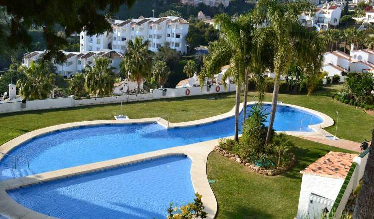 Apartamentos Mirador de Calahonda - Search available rooms and beds for hostel and hotel reservations in Mijas Costa 51 photos