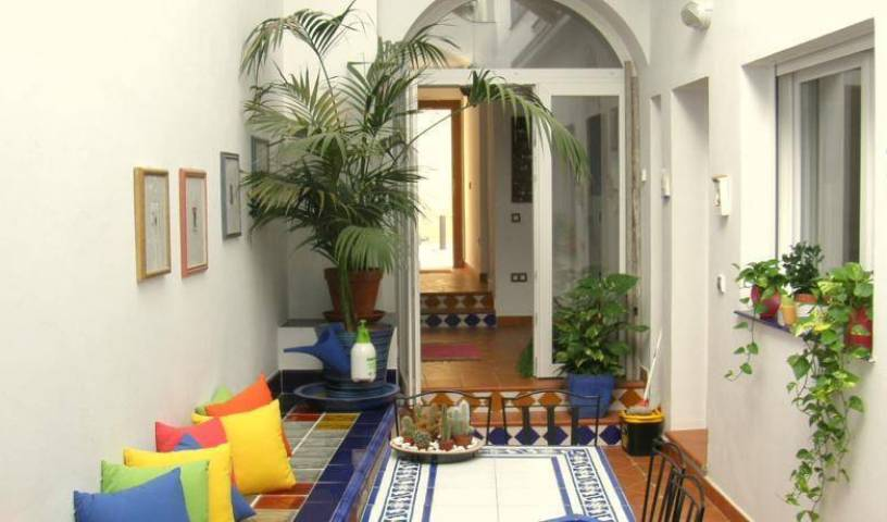 Bed and Breakfast Casa Alfareria 59, hostels near transportation hubs, railway, and bus stations in Aracena, Spain 10 photos