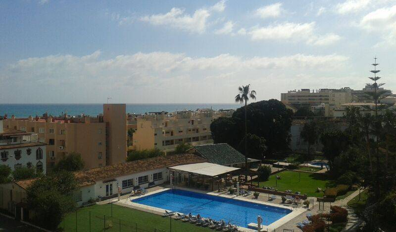 Carihuela Park Palace Torremolinos - Search for free rooms and guaranteed low rates in Torremolinos 14 photos