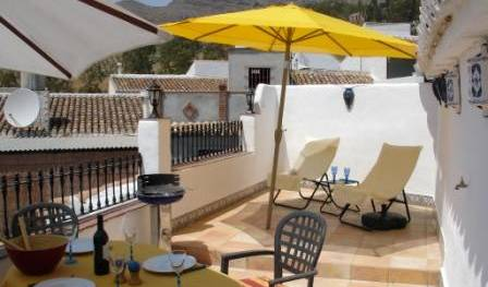 Charming Townhouse in Alora - Get cheap hostel rates and check availability in Malaga 6 photos