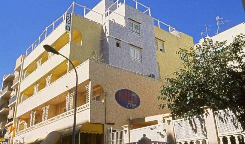 Hrs Roberto Playa - Search available rooms and beds for hostel and hotel reservations in Ibiza 5 photos