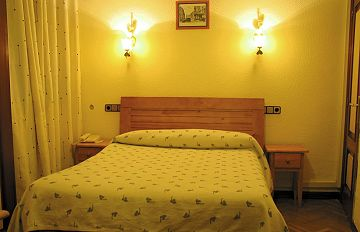 Hostal Madrid, Madrid, Spain, Spain hostels and hotels