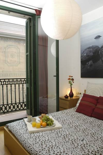 Las Ramblas III Apartments, Barcelona, Spain, Spain hostels and hotels