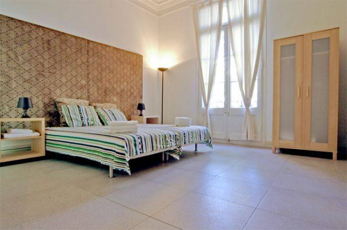 Ramblas Rooms, Barcelona, Spain, excellent hostels in Barcelona