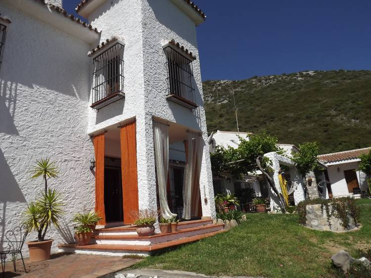 Reina Mora Guest House BnB, Ojen, Spain, explore things to do in Ojen