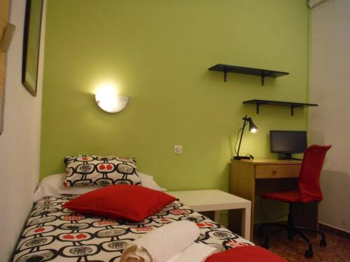 Residencia Nuria, Barcelona, Spain, Spain bed and breakfasts and hotels
