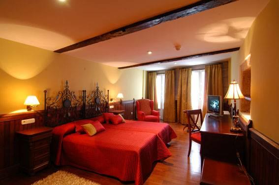 Santo Grial Pension Residencia, Santiago De Compostela, Spain, Spain hostels and hotels