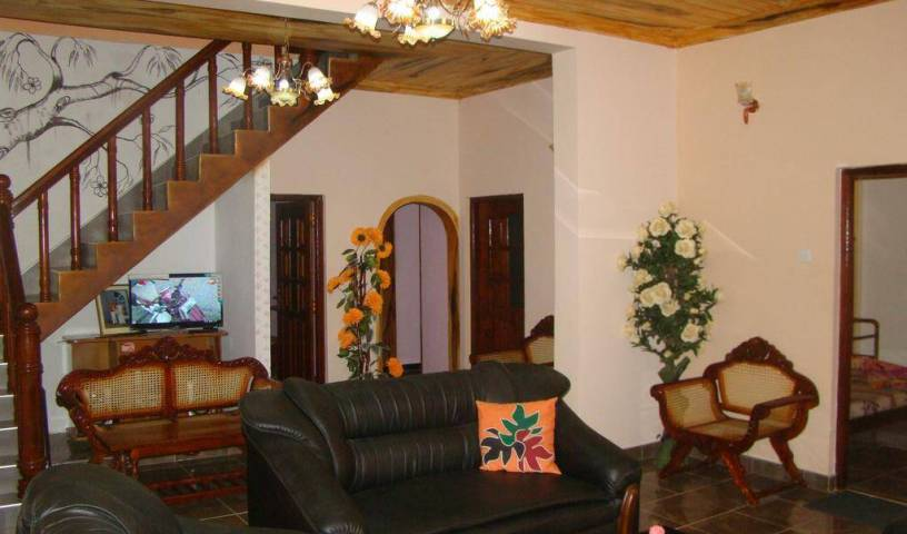 Lakwings Edison Holiday Hotel - Get cheap hostel rates and check availability in Nuwara Eliya 5 photos