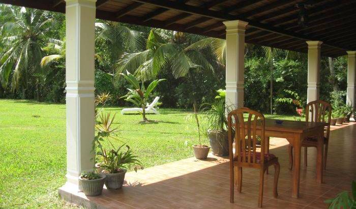 Mangrove Villa Gagabadawatta -  Aluthgama, bed and breakfast bookings 24 photos