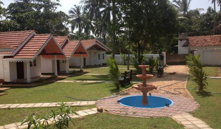 Village - Search available rooms and beds for hostel and hotel reservations in Negombo 3 photos