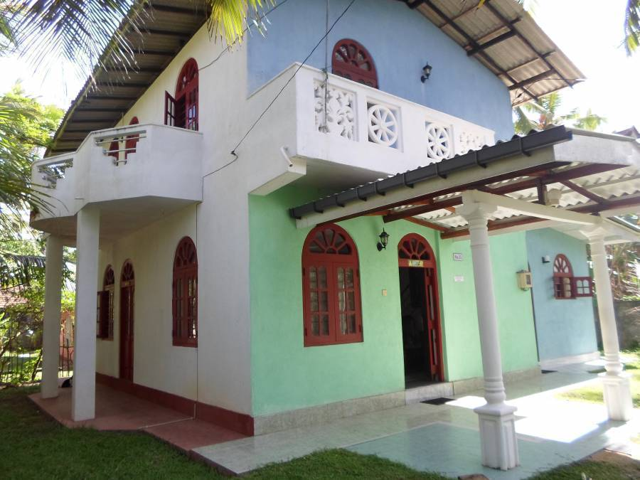 Home Stay, Hikkaduwa, Sri Lanka, youth hostels and backpackers hostels with the best beaches in Hikkaduwa