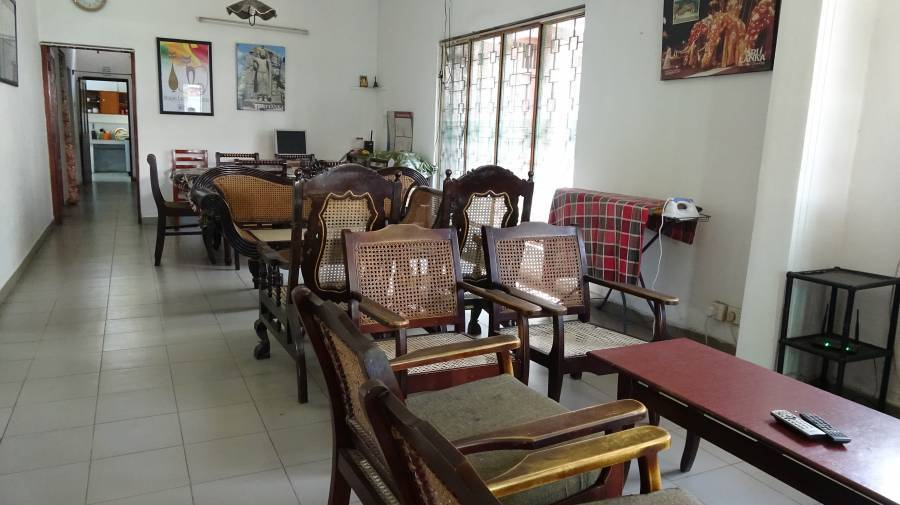 Mount Lavinia Home Stay, Mount Lavinia, Sri Lanka, what is a bed and breakfast? Ask us and book now in Mount Lavinia