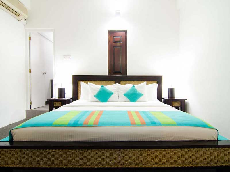 St. Lachlan Hotel, Negombo, Sri Lanka, find beds and accommodation in Negombo