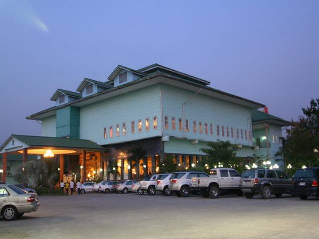 13 Coins Airport Grand Resort, Bang Kho Laem, Thailand, Thailand hostels and hotels