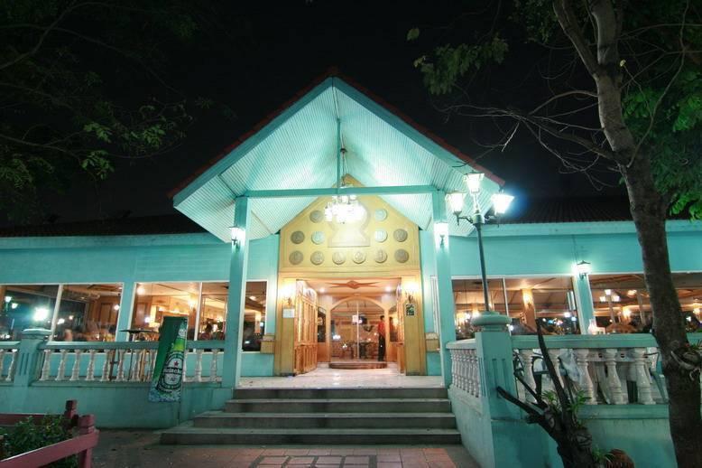 13 Coins Resort Bangna, Bang Kho Laem, Thailand, Thailand bed and breakfasts and hotels