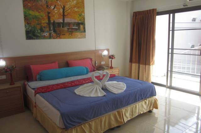 Bella Tropicana Hotel and Guesthouse, Patong Beach, Thailand, Thailand hostels and hotels