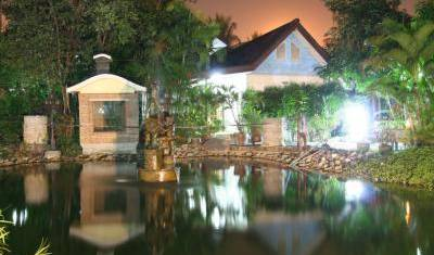 13 Coins Resort Yotin Pattana -  Bang Kho Laem, find the lowest price on the right bed & breakfast for you in Ban Khlong Lam Sali, Thailand 6 photos