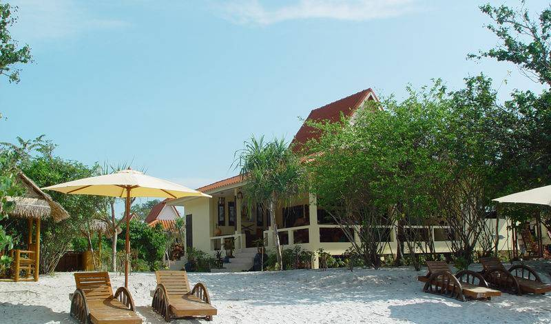 Buffalo Bay Vacation Club - Search for free rooms and guaranteed low rates in Ranong 11 photos
