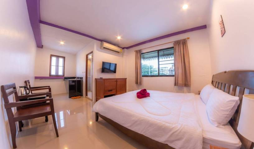 Enrico Hostel Patong 19 photos