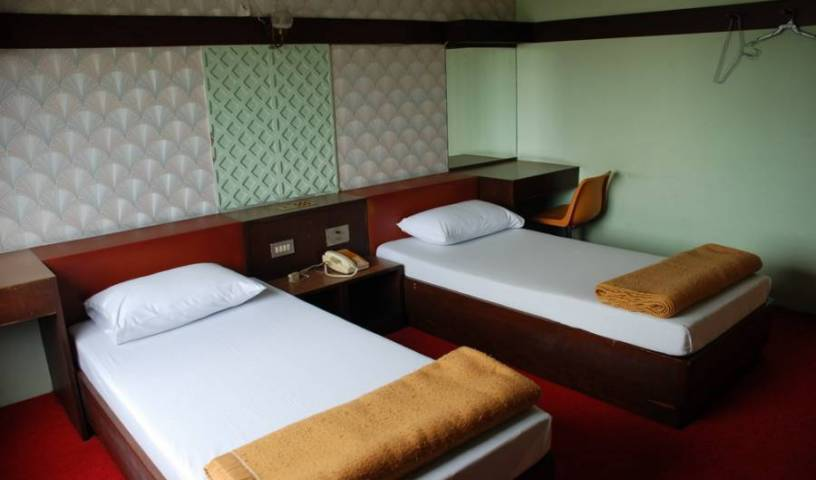 Happy Inn Hotel - Search available rooms and beds for hostel and hotel reservations in Bang Kho Laem 2 photos