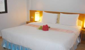 Lamai Guesthouse - Search available rooms and beds for hostel and hotel reservations in Patong Beach 42 photos