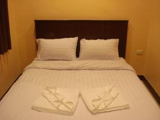 J.K. House, Patong Beach, Thailand, Thailand hostels and hotels