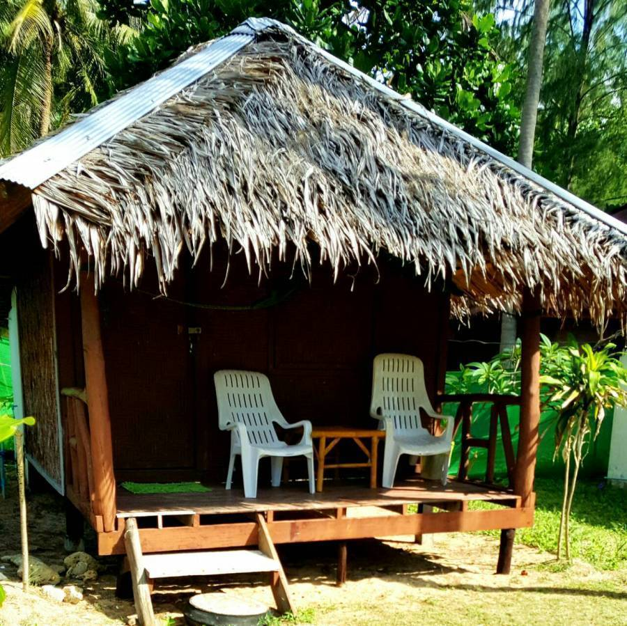 Lanta L.D. Beach Bungalows, Amphoe Ko Lanta, Thailand, exclusive bed & breakfasts in Amphoe Ko Lanta