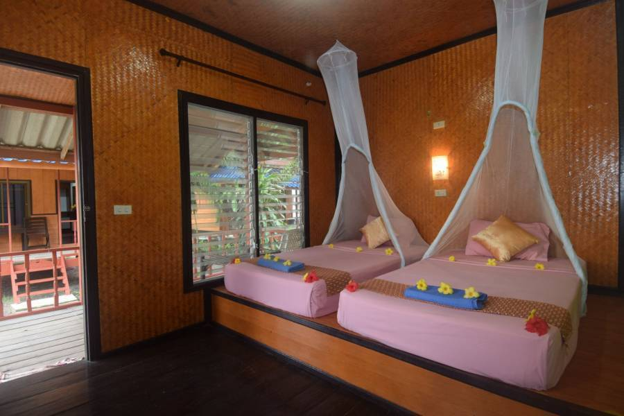 Lanta Long Beach Hostel, Ko Lanta, Thailand, your best choice for comparing prices and booking a hostel in Ko Lanta