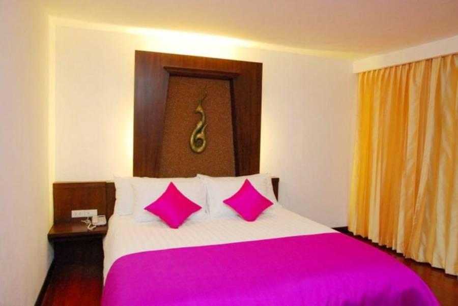Nicha Suite Hua Hin Hotel, Hua Hin, Thailand, have a better experience, book with HostelTraveler.com in Hua Hin