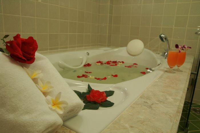 Oriental Siam Resort Chiang Mai, Chiang Mai, Thailand, compare deals on hostels in Chiang Mai